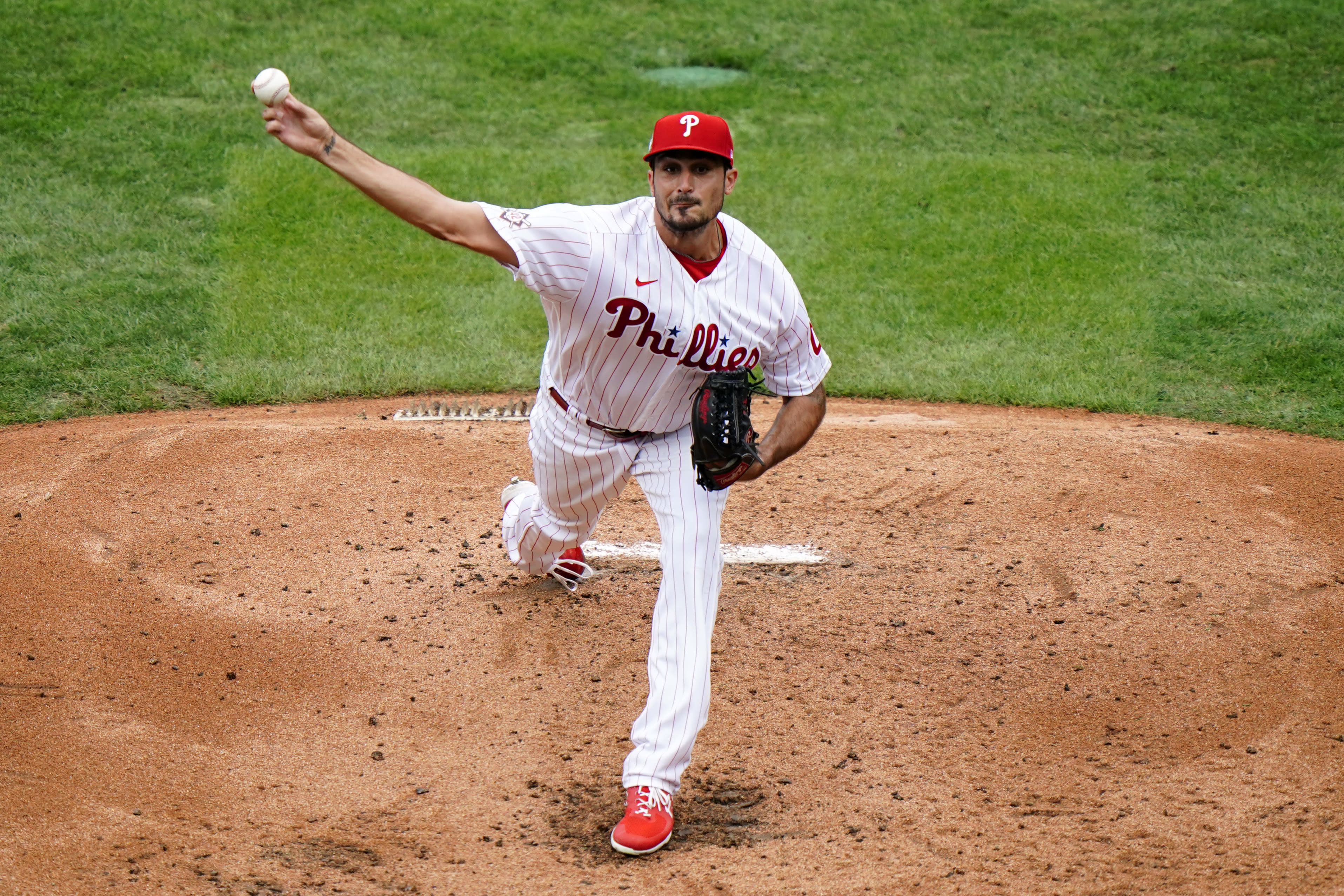 Philadelphia Phillies' Zach Eflin pitches during the third inning of a baseball game against the Atlanta Braves, Saturday, Aug. 29, 2020, in Philadelphia. (AP Photo/Matt Slocum)
