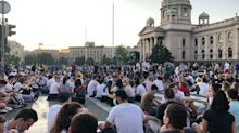 Proteste in Serbien gegen Corona-Restriktionen friedlich