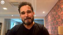 """Luciano Camargo desabafa sobre morte do pai: """"A Covid tirou o último abraço"""""""