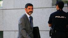 La Audiencia deja libre al jefe de los Mossos con medidas cautelares