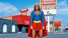 Ella fue la primera superheroína que tuvo su propia película (mucho antes de Wonder Woman y Capitana Marvel)