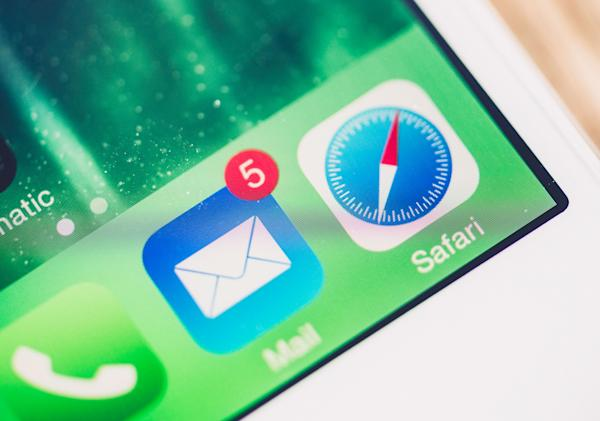 iOS 14 will let you set default apps for email and web browsing