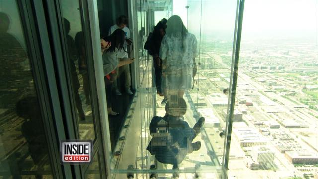 Ledge At Willis Tower Back In Business After Cracks Appear
