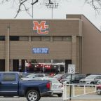 Kentucky school shooting: One dead and 'multiple' injured at Marshall County High, confirms governor