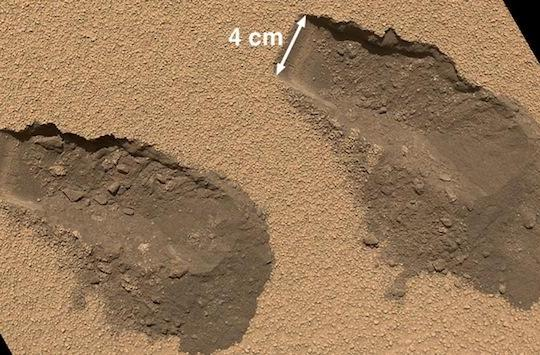 NASA's Curiosity finds two percent of Martian soil is composed of water