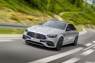 全新 Mercedes-AMG E 63 4MATIC+ 強悍登台
