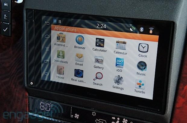 Parrot unveils Asteroid Smart, Tablet and Mini car infotainment systems, we go hands-on