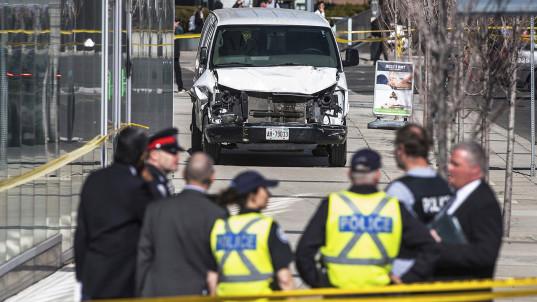 10 dead after van plows into crowd in Toronto