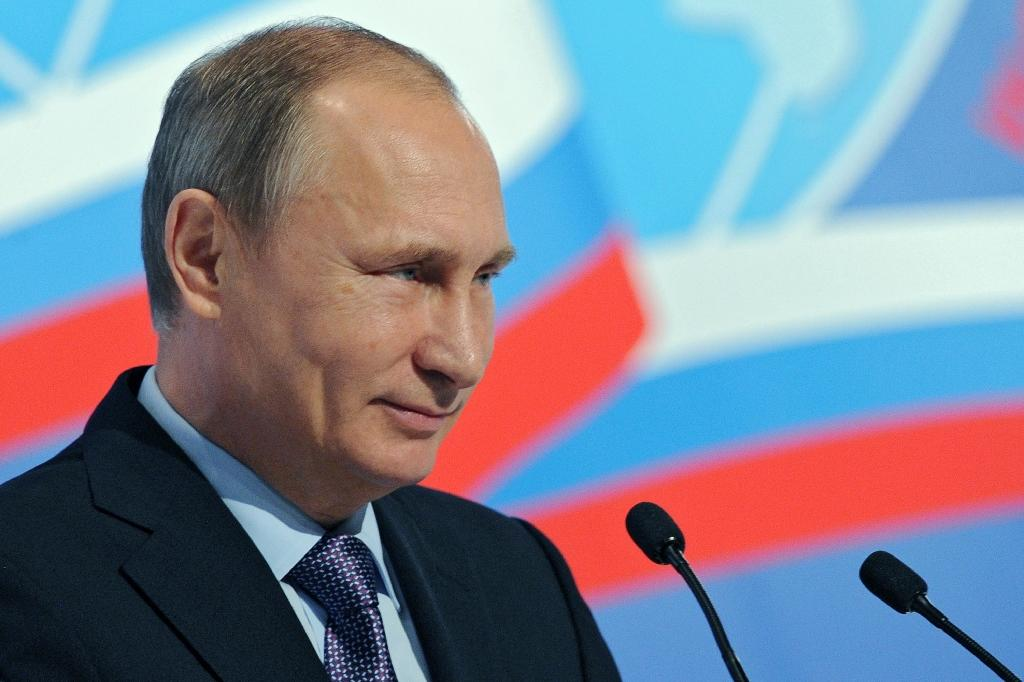 """President Vladimir Putin says Russia must do everything it can to eradicate doping, as his country faces a possible ban from the Olympics over allegations of """"state-supported"""" drug abuse in athletics (AFP Photo/Mikhail Klimentyev)"""