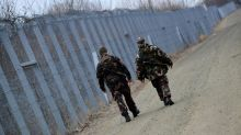 Hungary ready to detain all migrants: ministry