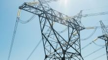 California Utilities Want Wealthy Defectors to Pay Up for Power
