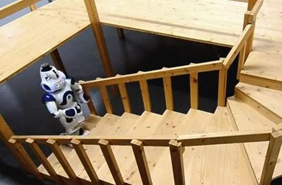 Nao humanoid climbs spiral staircase, breakfast in bed is around the corner (video)