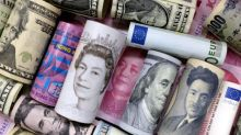 Dollar clings on, yen creeps higher as Fed speakers in focus