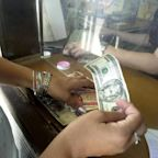 Cuban government announces closure of Western Union offices and suspension of remittances