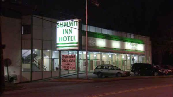 2 men sought in Upper Darby hotel robbery
