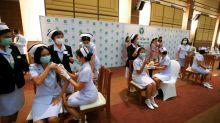Tailandia inicia la vacunación contra la covid-19 con el fármaco de Sinovac