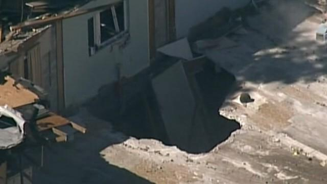 Close Look at Sinkhole that Swallowed Florida Man