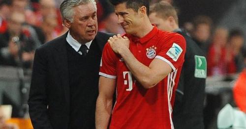 Foot - WTF - Bayern Munich : Robert Lewandowski l'acrobate