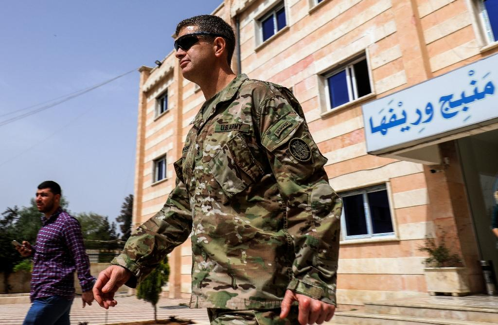 US Army Maj. Gen. James B. Jarrard leaves a meeting on March 22, 2018 in the Kurdish-held northern Syrian city of Manbij, where the US has a military presence (AFP Photo/Delil souleiman)