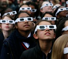 How to view the solar eclipse safely - and without glasses