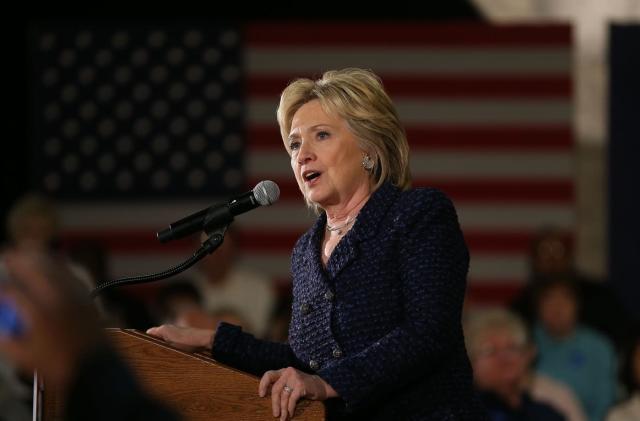 FBI broadens investigation into Clinton emails