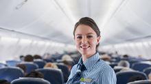 Nach Sexismus-Debatte: Bei Norwegian Air dürfen Stewardessen flache Schuhe tragen