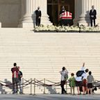 Mourners line up to say goodbye to Ruth Bader Ginsburg