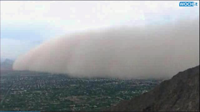 Huge Dust Storm Envelops Phoenix Area