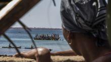 Mocimboa da Praia: Mozambique battles for port seized by IS