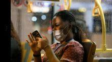 Cómo desinfectar la pantalla del móvil de forma correcta