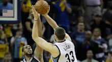 Grizzlies edge Spurs, Warriors rally