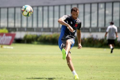 Nenê acredita em clássico equilibrado na final da Taça Rio
