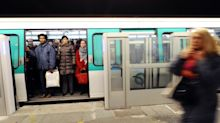 Paris : il terrorise une rame de métro en menaçant les passagers avec un couteau