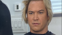 Mark-Paul Gosselaar transforms back into Zack Morris for 'Saved by the Bell' reboot