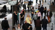 Britain's small firms struggling to hire in face of Brexit - survey