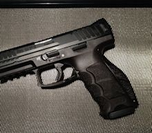 HK VP9: The 9mm Pistol That Is Better Than a Glock 19?