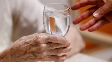 Study: Women bear the brunt of caring for aging parents