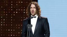 Carles Puyol se convierte en el hazmerreír de las redes como presentador de los Goya