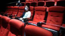 Trois fauteuils pour un : les cinémas rouvrent en Chine avec des précautions drastiques