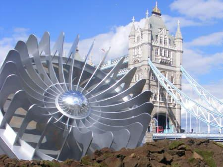 UFO crashes in Potters Fields Park as part of Vauxhall promotion