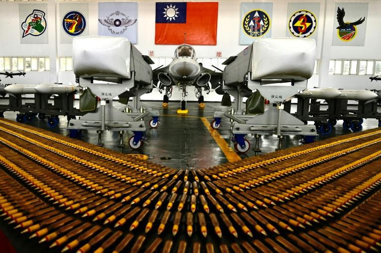 U.S.  decides on more weapons sales to Taiwan