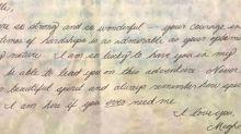 Entzückend: Herzogin Meghans alte Nachricht an eine Mitschülerin