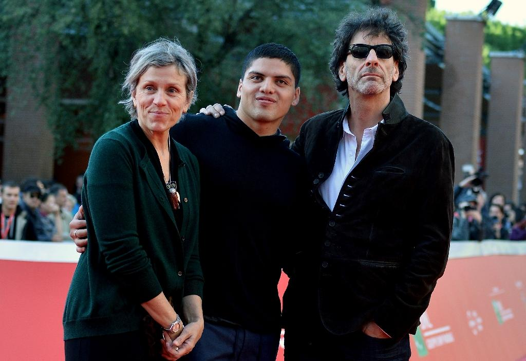 (L-R) Frances McDormand, Pedro McDormand Coen, and Joel Coen arrive for an interview during the Rome Film Fest, on October 16, 2015 (AFP Photo/Tiziana Fabi)