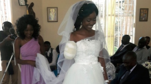 Couple tie the knot just five days after bride loses her arm in crocodile attack