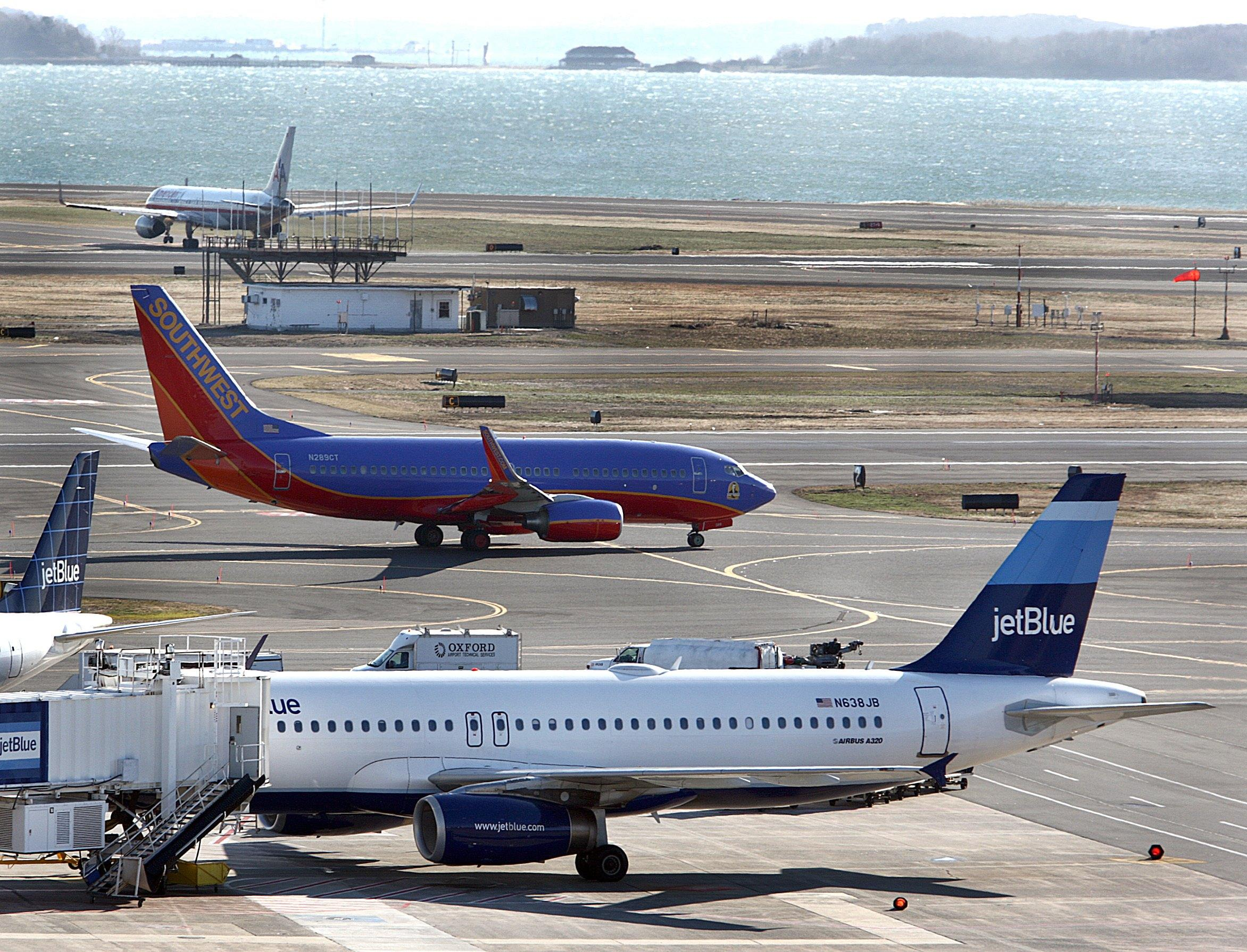 Jetblue, Southwest top annual list of family-friendly airlines