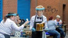 'Asyik': bir mengalir lagi di pub-pub Inggris