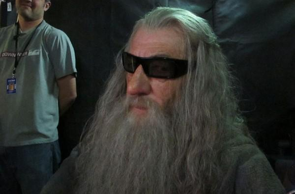 Caption Contest: you shall not interrupt Gandalf's 3D viewing session