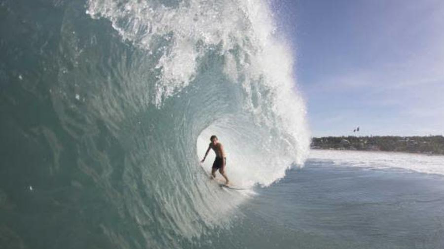 Surf - Charly Quivront et William Aliotti dans le feu de Puerto Escondido (vidéo)
