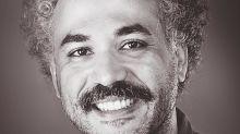 """'Oz' Rodríguez exhorta a los latinos a seguir """"empujando"""" en el cine de EE.UU."""