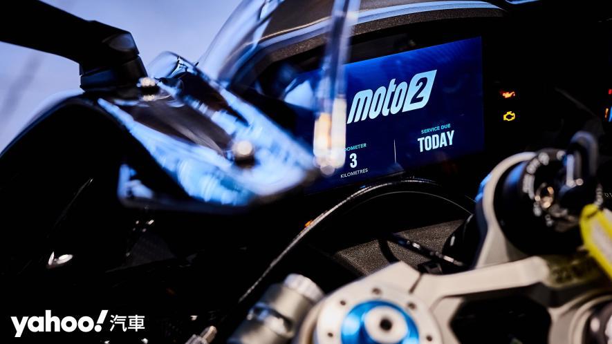 唯一官方認可道路化廠車!Triumph Daytona Moto2 765 Limited Edition實車鑑賞! - 9